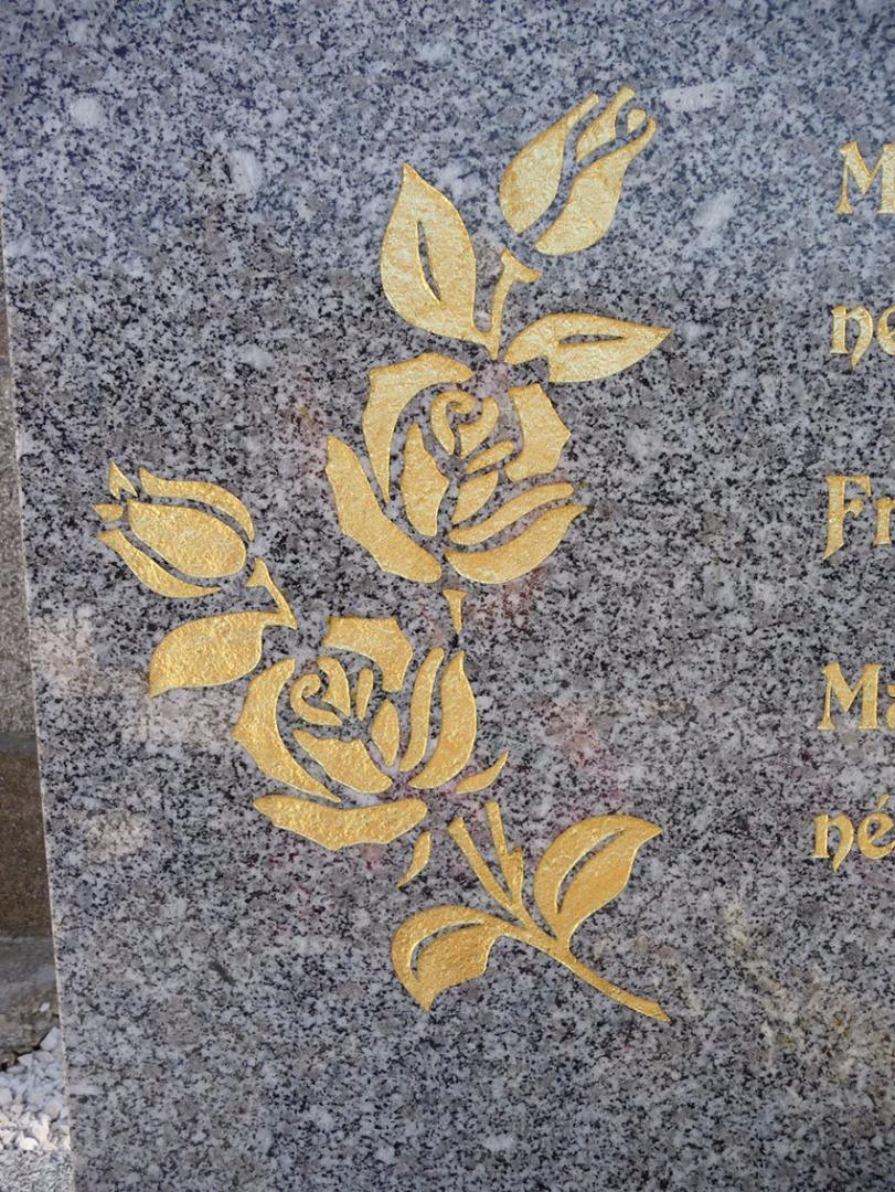Décoration de pierres tombales