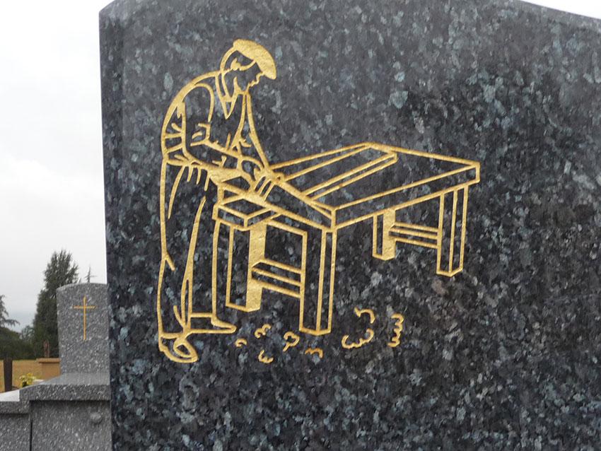 Gravure et décoration de pierres tombales