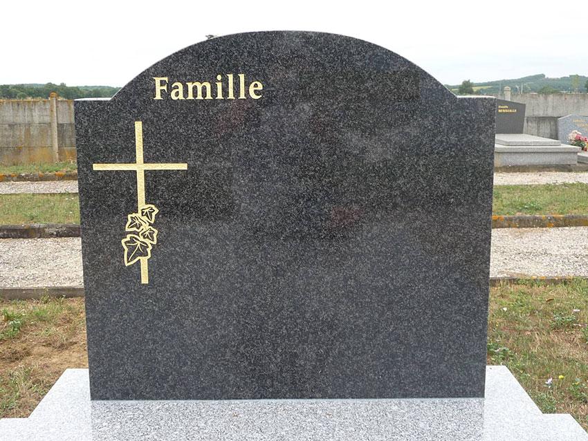 Stèle arrondie pour enterrement