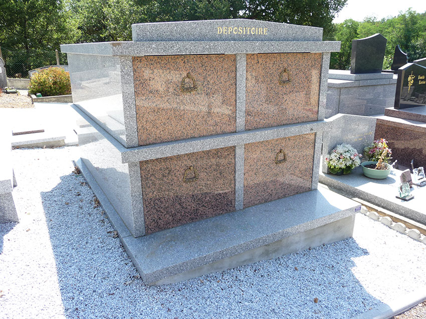 Monument provisoir